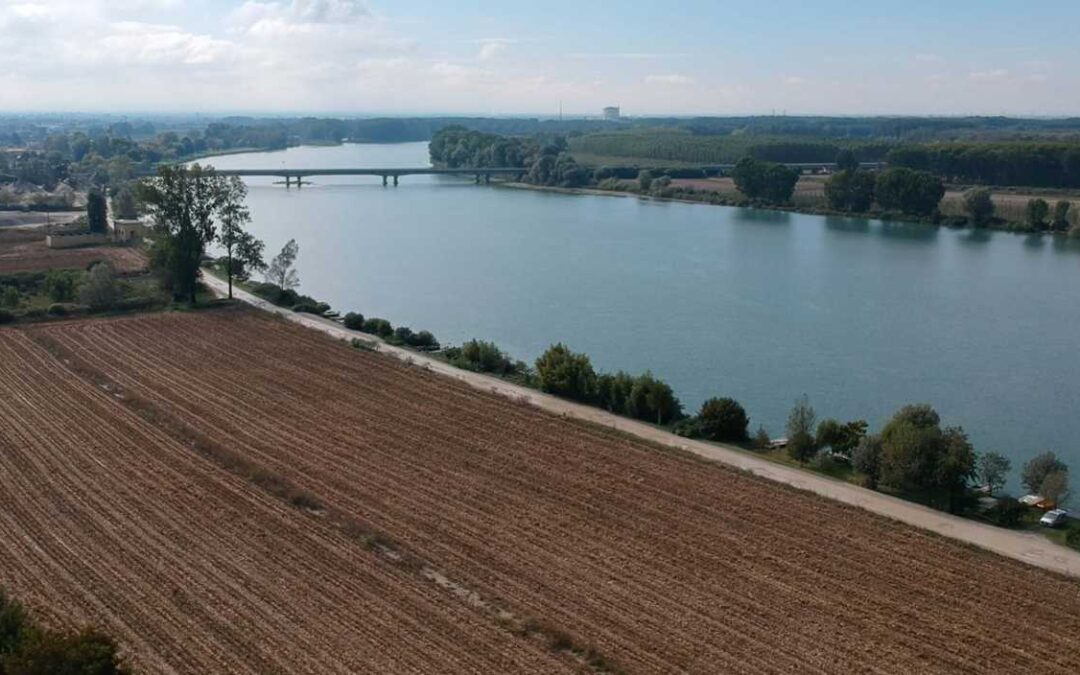 Consumo di suolo e rischio alluvioni – scarsità e qualità della risorsa idrica: le nuove sfide per il Distretto idrografico del fiume Po